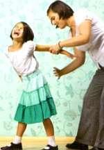 Noticias criminología. Los padres azotan y abofetean en público a sus hijos con más frecuencia de lo que se pensaba. Marisol Collazos Soto