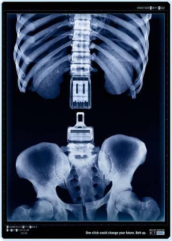Noticias criminología. Publicidad impactante sobre el cinturón de seguridad. Marisol Collazos Soto
