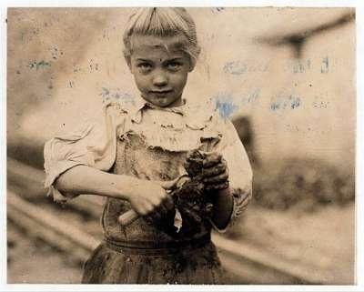 Noticias Criminología. Explotación de menores en vaciado de ostras. Marisol Collazos Soto