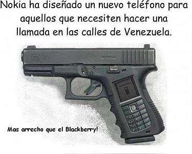 Noticias Criminología. Humor, teléfono móvil para hablar en la calle en venezuela. Marisol Collazos Soto