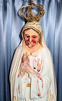 Noticias Criminología. Expliación científica de por qué lloran las vírgenes y santos. Marisol Collazos Soto