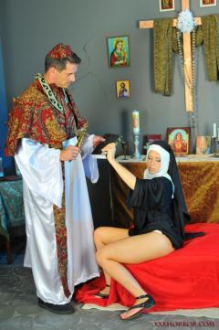 Noticias criminología. En el Vaticano se descargan ilegalmente películas pornográficas. Marisol Collazos Soto