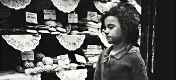 Noticias criminología. Edith Tudor-Hart, fotógrafa de la explotación infantil en el Reino Unido y espía de la URSS. Marisol Collazos Soto