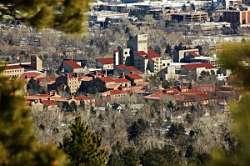 Noticias criminología. La Universidad de Colorado separa estudiantes armados del resto. Marisol Collazos Soto
