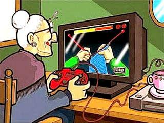 Actualidad Informática. Anciana y uso de Playstation. Rafael Barzanallana