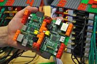 Actualidad Informática. Raspberry Pi y unas piezas de Lego se pueden convertir en un superordenador. Rafael Barzanallana. UMU